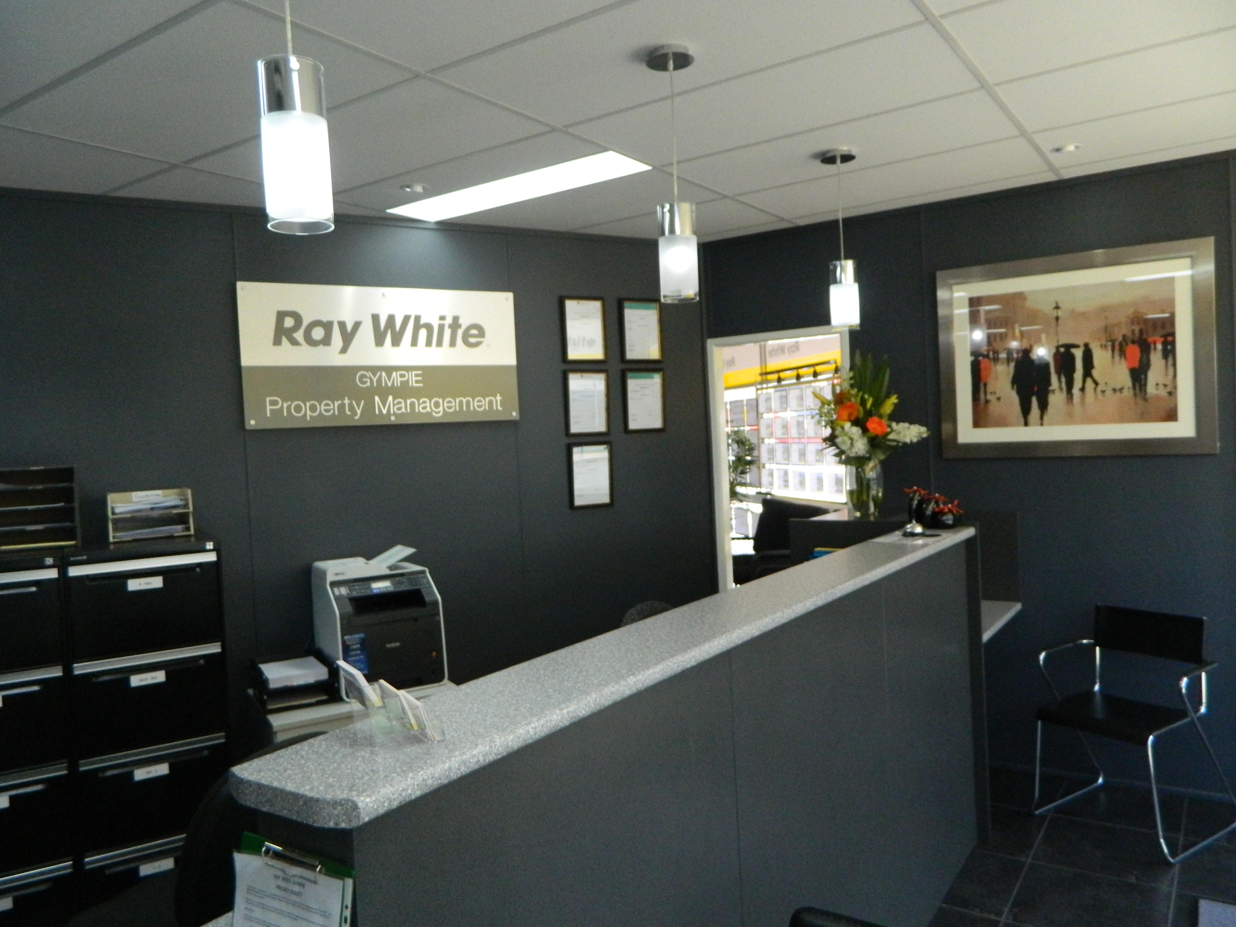 Ray White 002